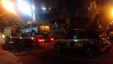 PRF recupera veículo na ponte Internacional da Amizade