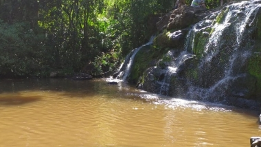 Jovem morre após se afogar em cachoeira de Matelândia