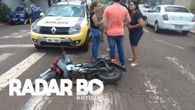 Motociclista colide contra Colbalt no centro de Toledo