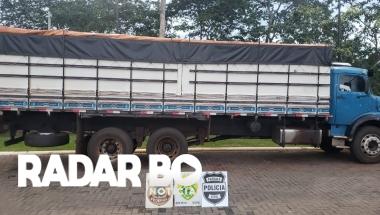 Operação Hórus realiza apreensão de caminhão com 300 caixas de cigarros em Entre Rios